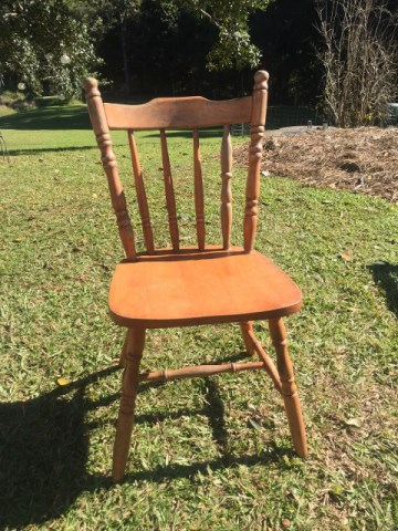 Chair - cottage $10